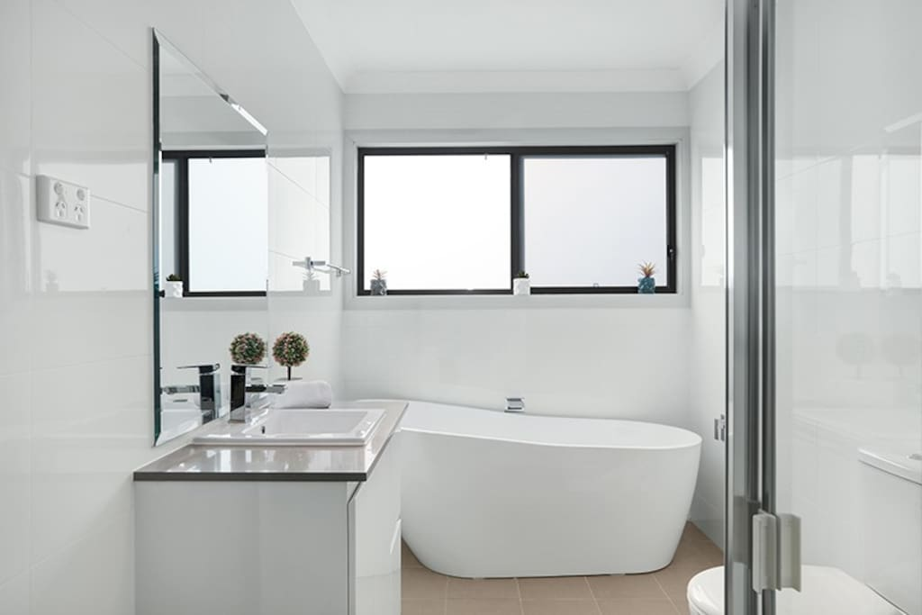 Modern and Stylish Bathrooms