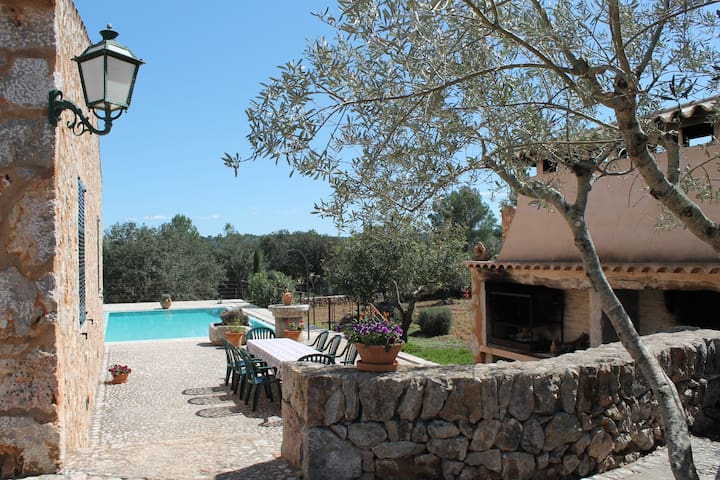 Relaxing & Luxurious Villa with Pool! - Costitx - House