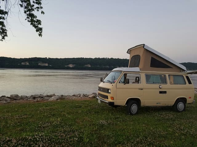 The Hippie Van Camping Experience! - West Alton