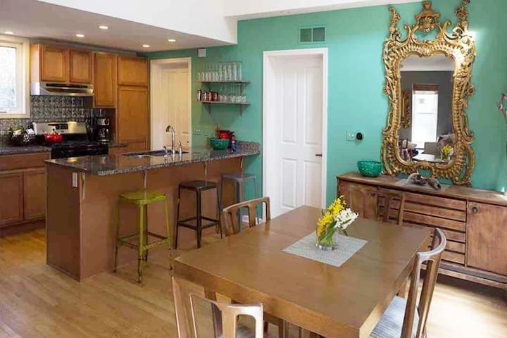 Spacious 3 BR, 2 Bath in Heart of Ohio City