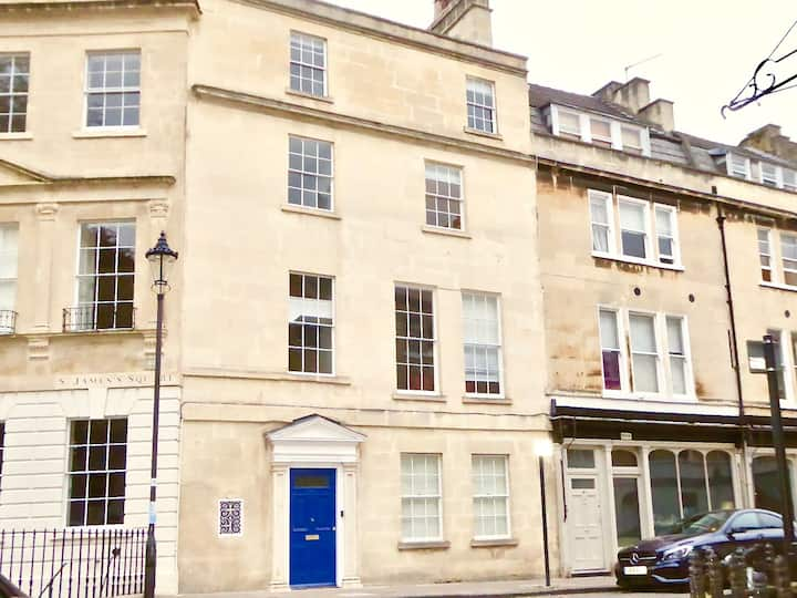 Grade2 Georgian House Bath City + optional parking