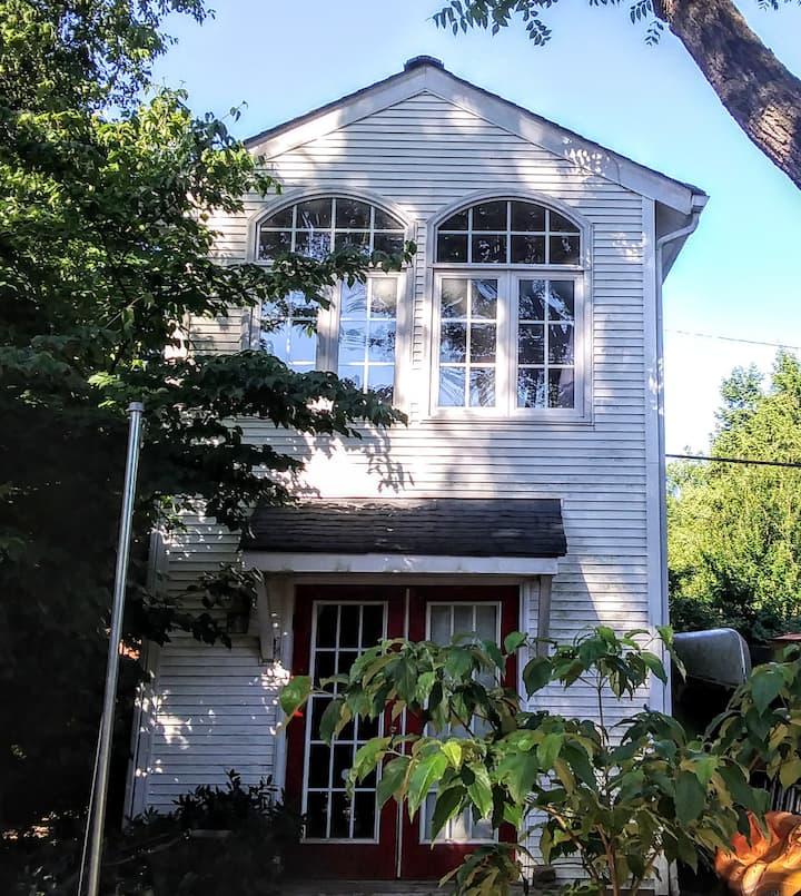 Outdoor Explorer's Dream Studio,James River Park