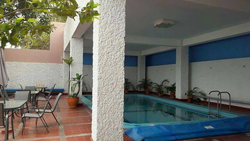 Departamento a unos pasos de la playa y alberca! - Mazatlán - Departamento