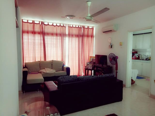 Cozy Place To Stay With a Nice View - Cheras 9 Miles - Apartamento