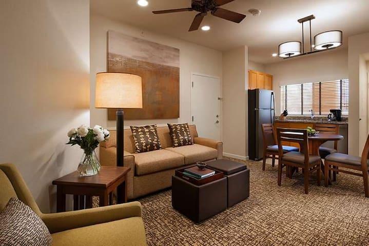 1BR Villa - Coachella - SAVE $$$ vs. Hotel!