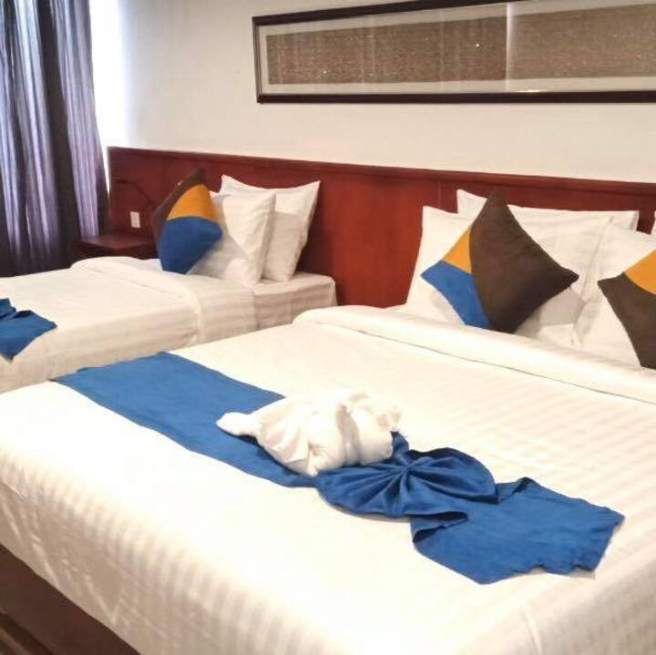 Deluxe Twin Room with Balcony+ Free pickup