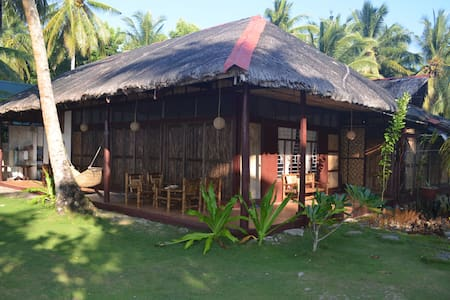 Siargao Island View Beach Front House 1 - General Luna - Dom