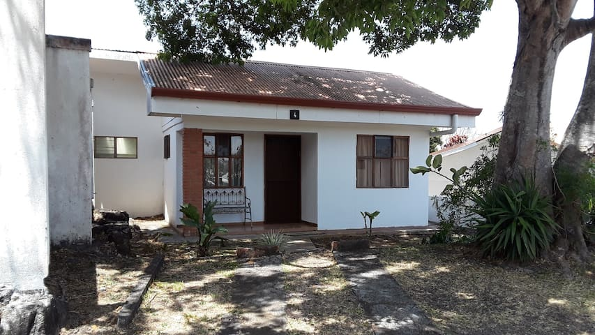 Quizur Cabin 4