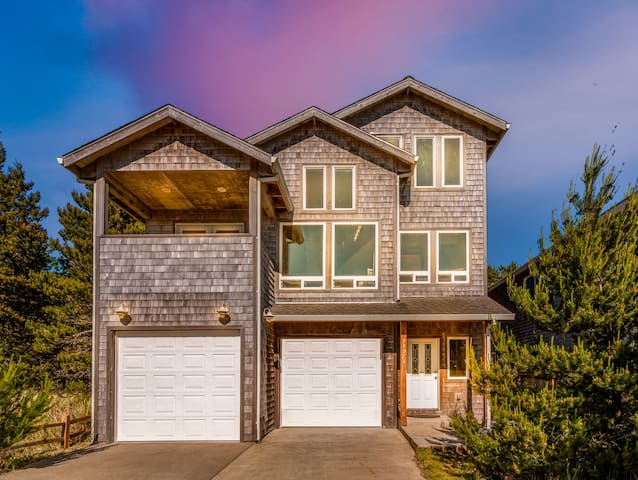 Kiwanda Lookout #101 - Lovely, comfortable, great location in Dory Pointe