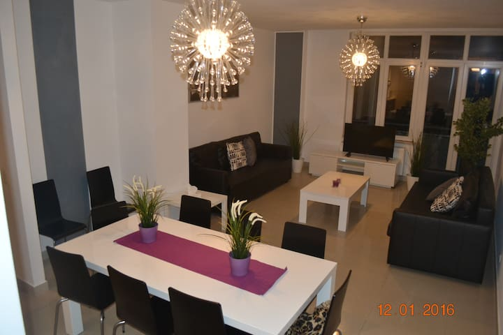 APPARTEMENT 2 CH. SUPERIEUR 120M² - Anderlecht - Apartment