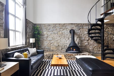 Unique Modern Space in the Heart of walkable CWE