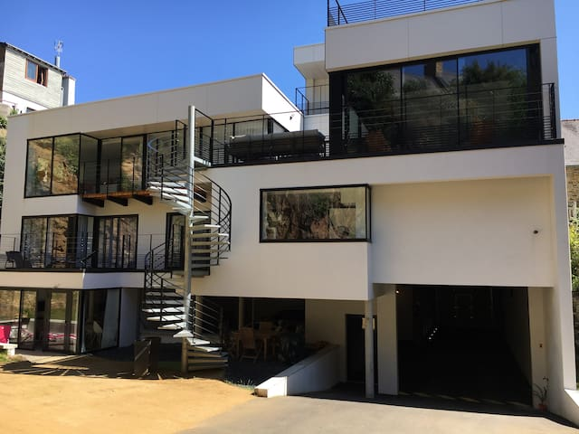 PROMO Villa de standing Piscine+jacuzzi +Terrasse