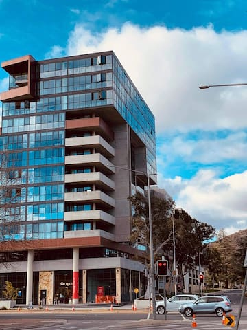 Convenient Inner City Canberra