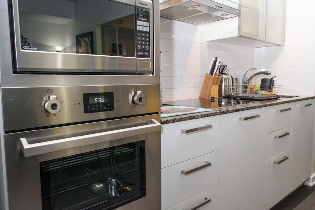 Fully furnished modern Kitchen with everything a home must have.