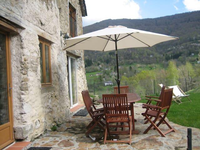 Belle maison au coeur des Pyrénées - Boussenac - House