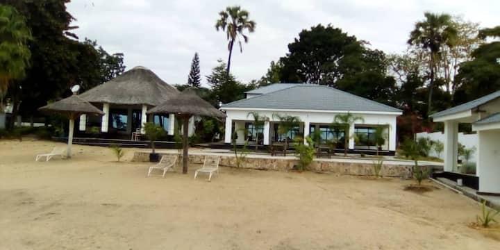 Kataya Lodge- beach one