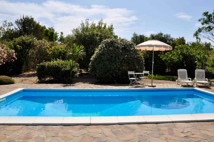 Wonderful dépandance in Villa with Swimming Pool