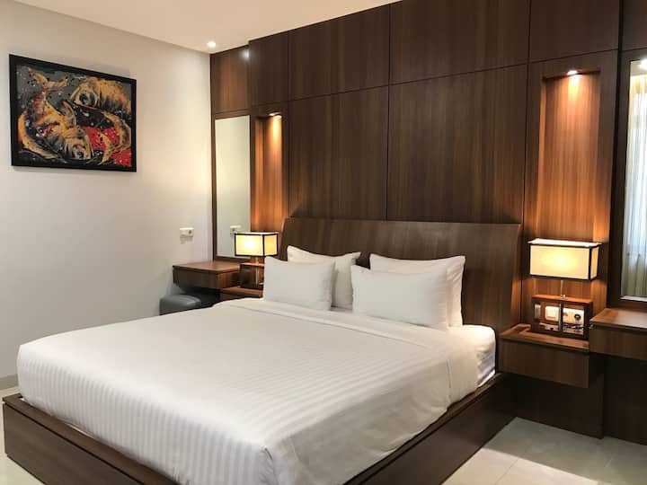 1BEDROOM/1BATHROOM Executive Suite at Setra Duta