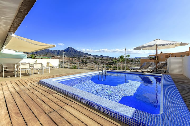 La Caleta Palm apartment with private heated pool