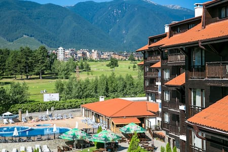 Relaxing Spa, Ski  &Golf 1 Bed Apartment - Razlog