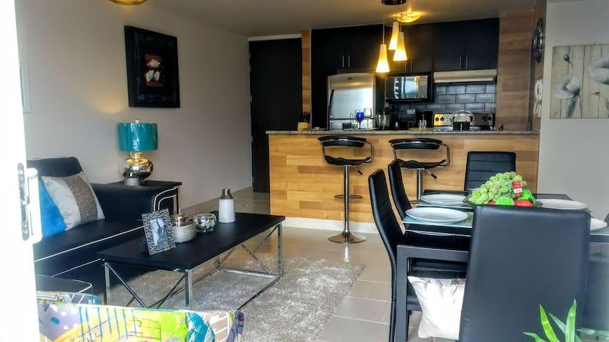 Moderno Apartamento de 3 Habitaciones