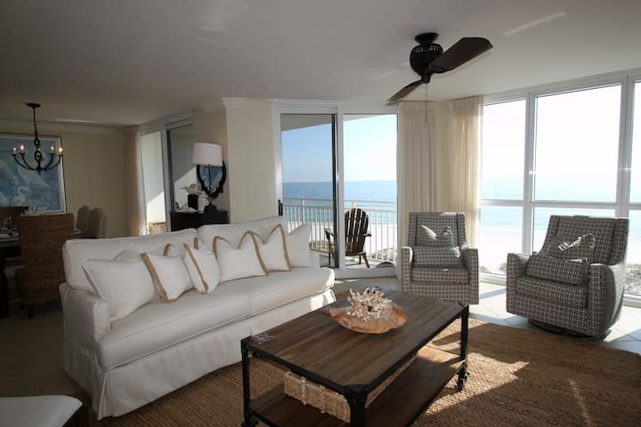 SeaSpray West 505- Beach Front Views from Terrace with Luxurious Interior!