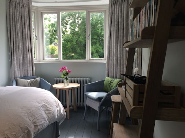 Double Bedroom in Ditchling Village.