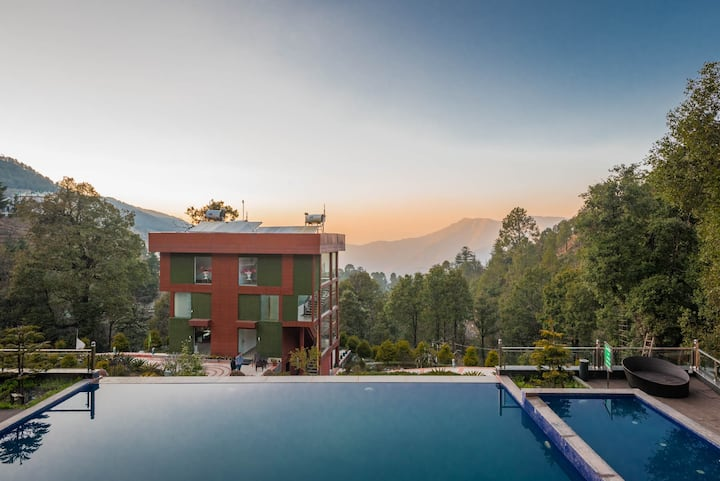 Unbound Life near Nainital-Infinity Pool with Food