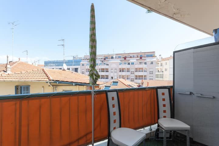★ Beautiful studio in the center of Antibes