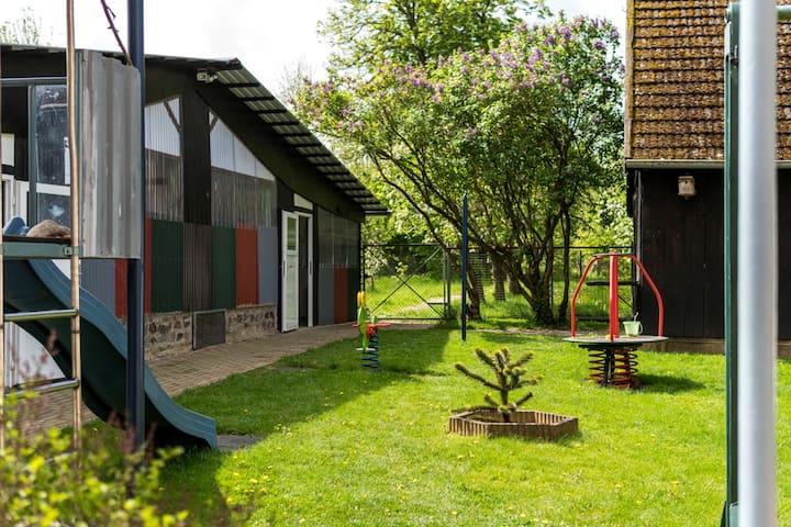 Urban Apartment in Pravtshagen with Garden