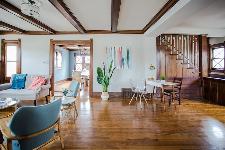 Plaza Place: Historic Home+Walkable Arts District!