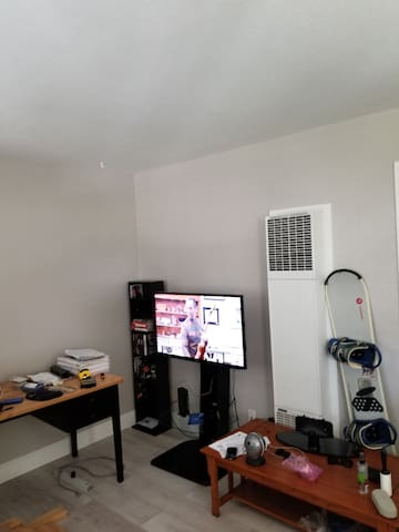 Downtown Sparks apartment close to entertainment