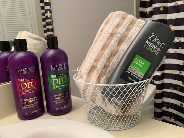 We have conditioner, shampoo and towels