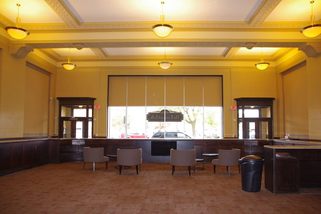 Large lobby with recreation area and cable tv.