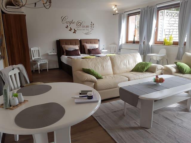 Gemütliche Souterrain Wohnung - Faßberg - Apartment