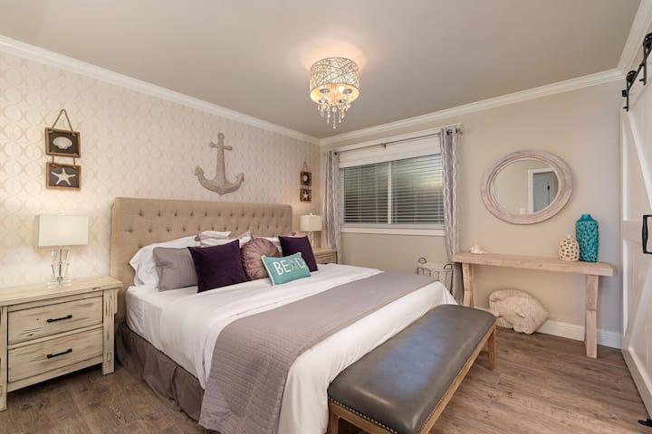 Luxury 3-Bd/2-Bth Coastal Modern Beach Cottage