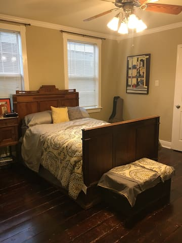 Covington's best Airbnb in the heart of downtown