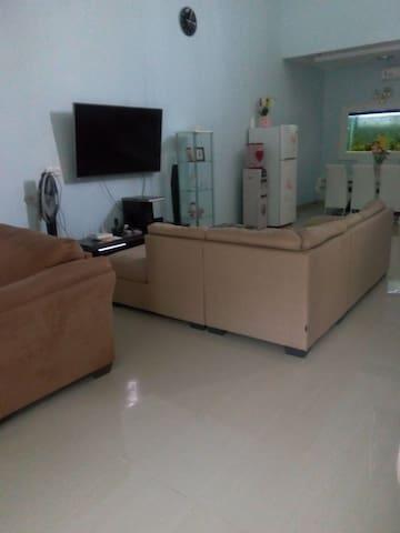 Kamar yang memadai