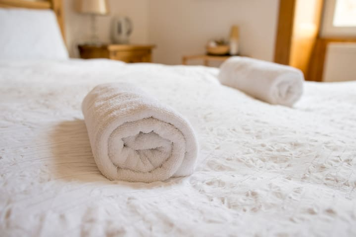 All bedding and towels are 100% pure cotton for total comfort