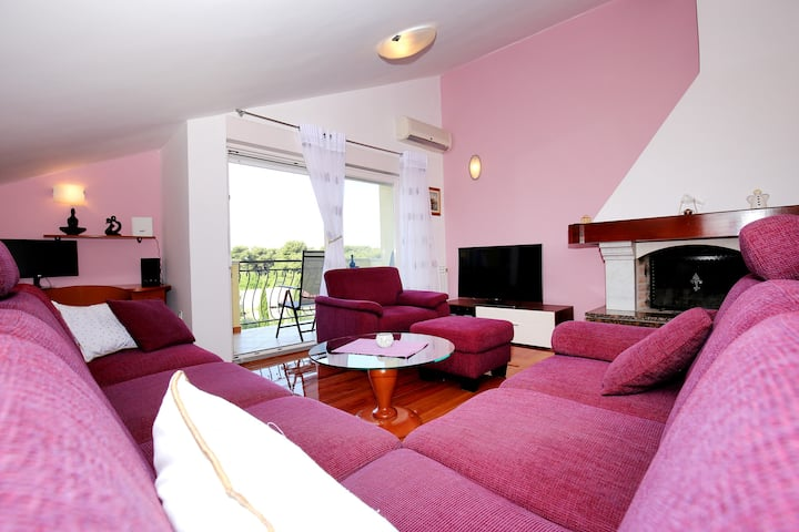 Apartment Dekorti