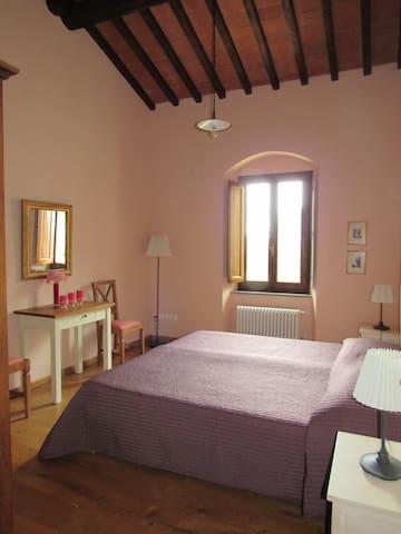 Bedroom 2 at the fisrt floor (upstairs)
