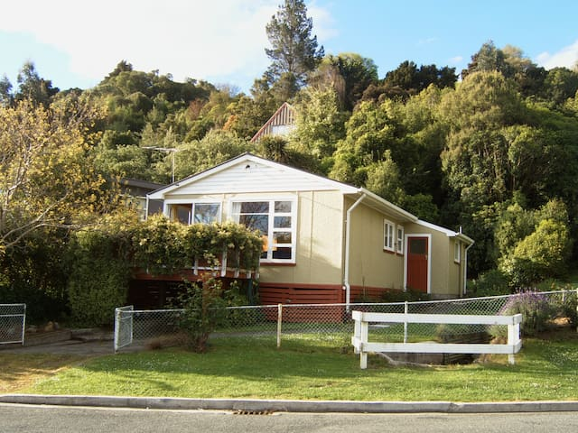 Akaroa Cottage
