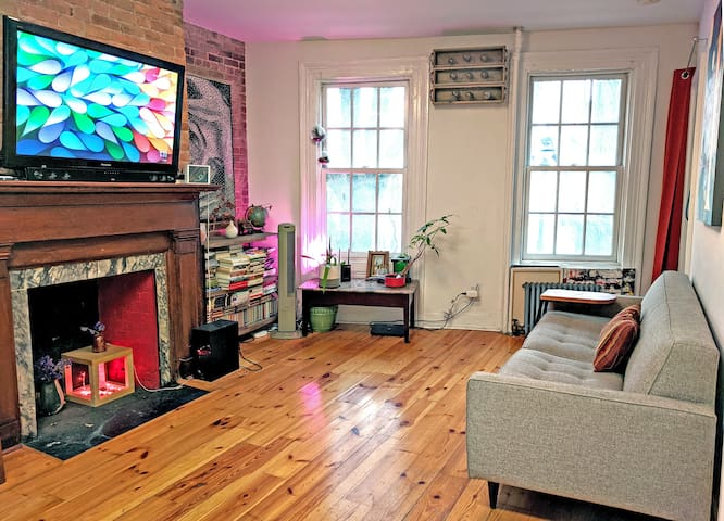 Has-it-all 1BR in the middle of the West Village