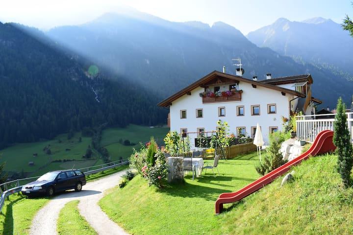 farm apartments Mairulrich