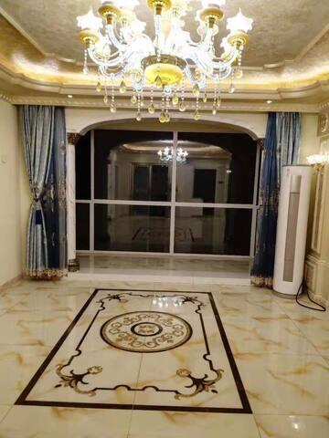 四室豪华装修,每个房间都能看见海,家庭房,下单前咨询