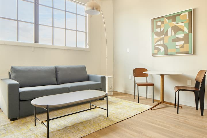 Sonder at The Tidewater | Charming 1BR + Rooftop