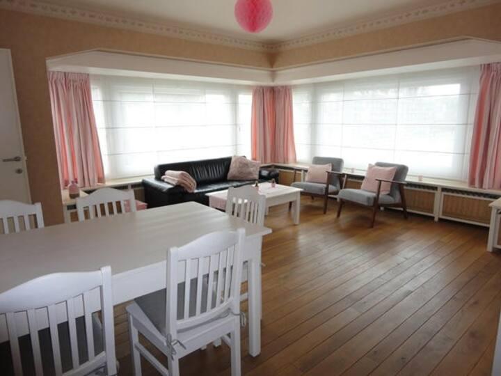 Comfortabel, ruim en rustig gelegen appartement