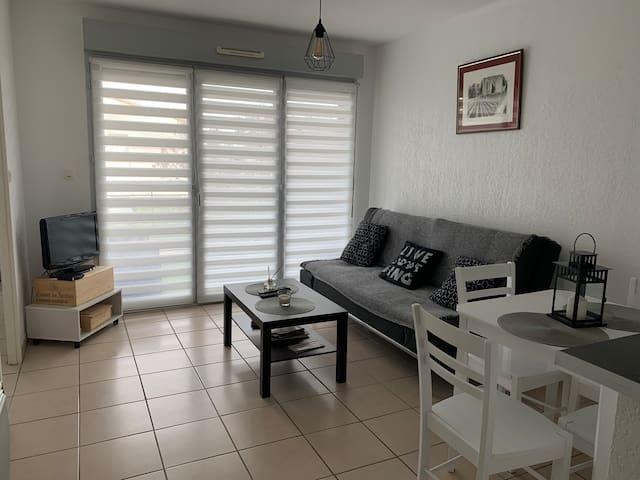 Appartement T2 Génissac sur axe Bordeaux -Libourne