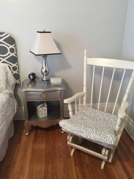 Sitting space in bedroom