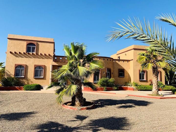 Agadir superbe villa avec piscine hamam  jacuzzi